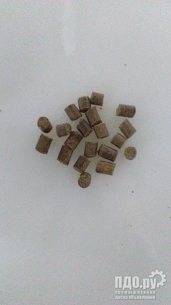 Корма экструдированные для сома,осетра,карпа,форели