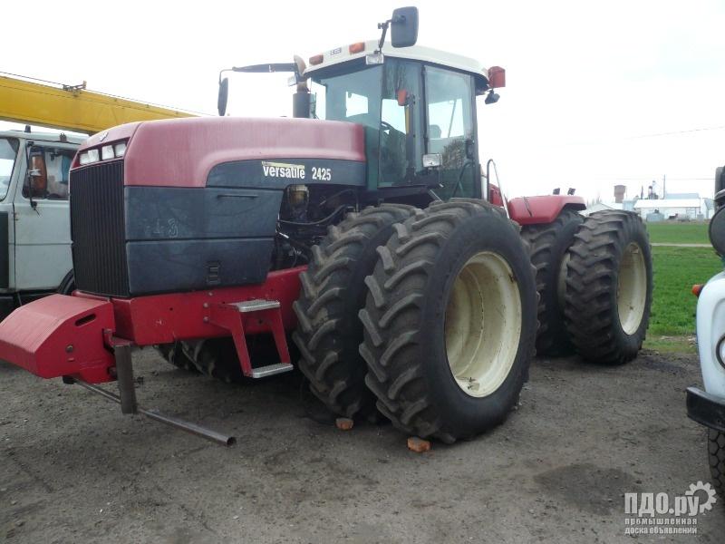 Трактор Бюллер Versatile 2425WD